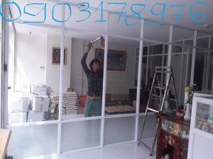 Vách ngăn nhôm kính phòng khách – Thi công vách ngăn nhôm kính