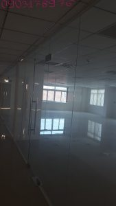 Cửa kính văn phòng tp hcm, quận 1, quận 2, quận 3, quận 4, quận 5, quận 6, quận 7, quận tân phú