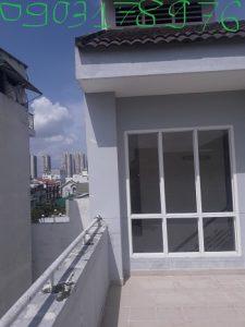Vách kính khung nhôm cường lực – Kính cường lực Sài Gòn – Vách kính khung nhôm giá rẻ